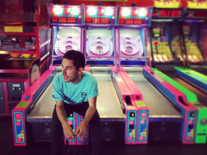 "Mauri presenta su nuevo single, ""Game Over"""