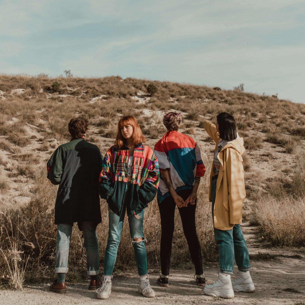 Ginebras han lanzado su primer EP 'Dame 10:36 minutos'