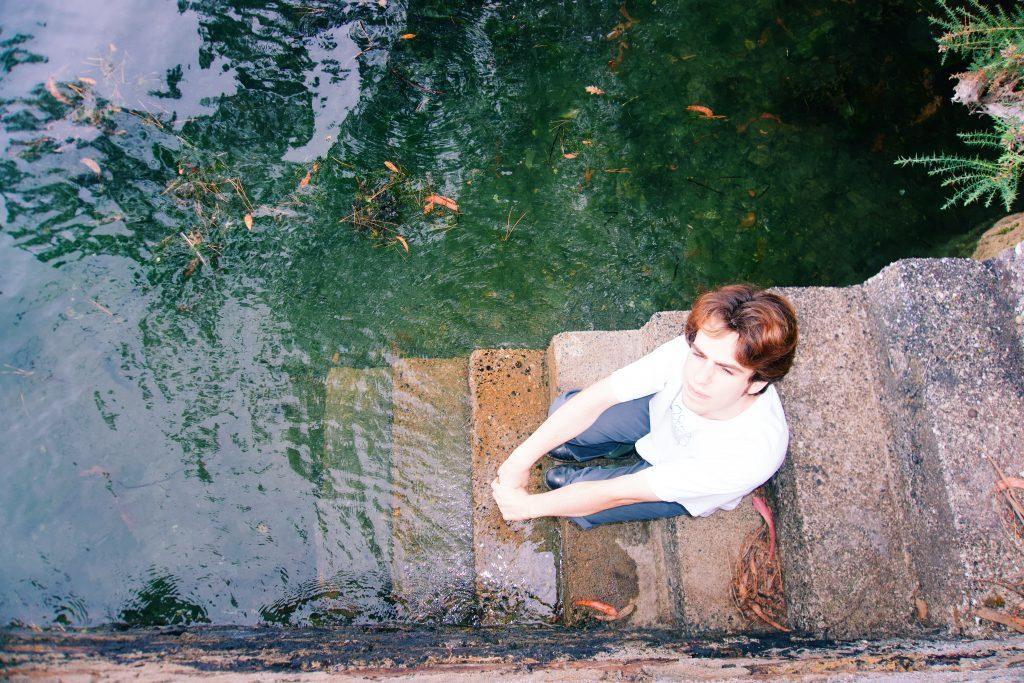 Rothrigo estrena nuevo single doble 'One More Day / Passing You By'