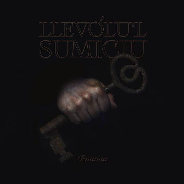 El dúo Llevólu'l Sumiciu presentan su primer EP 'Entaína'